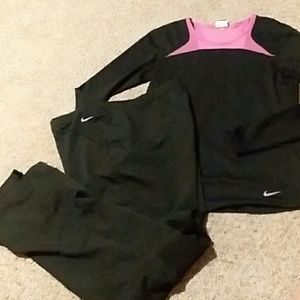 Nike pro joggers and top.